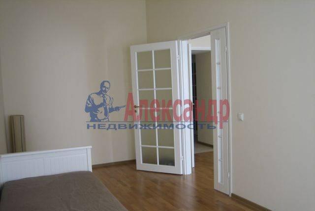 3-комнатная квартира (86м2) в аренду по адресу 7 Советская ул., 38— фото 4 из 8