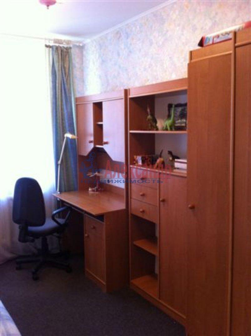1-комнатная квартира (40м2) в аренду по адресу Новоизмайловский пр., 75— фото 1 из 6