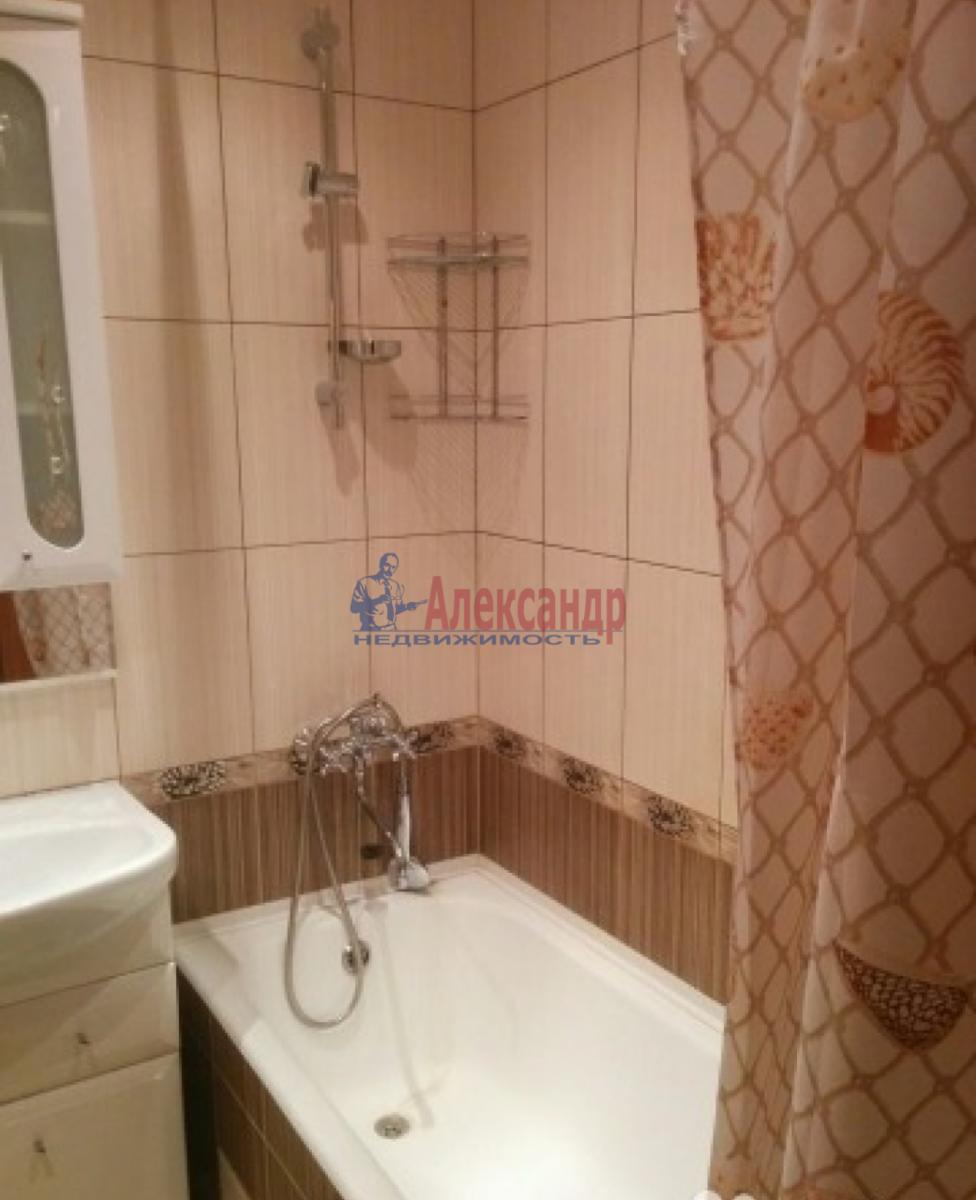 3-комнатная квартира (80м2) в аренду по адресу Ленинский пр., 118— фото 9 из 10