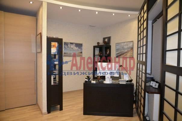 4-комнатная квартира (150м2) в аренду по адресу Рюхина ул., 12— фото 7 из 20