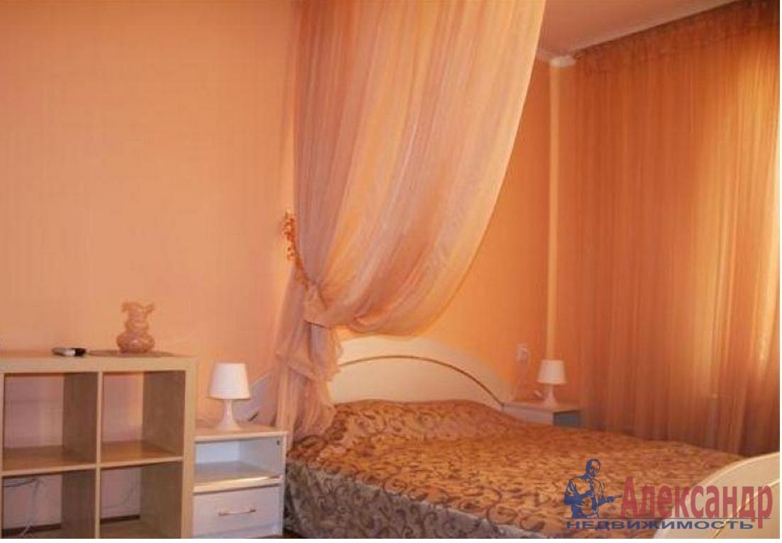 3-комнатная квартира (74м2) в аренду по адресу Ленинский пр., 161— фото 2 из 3