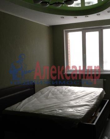 2-комнатная квартира (68м2) в аренду по адресу Ленинский пр., 135— фото 3 из 6