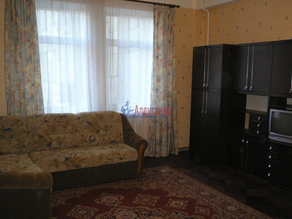 1-комнатная квартира (45м2) в аренду по адресу Космонавтов просп., 88— фото 2 из 2
