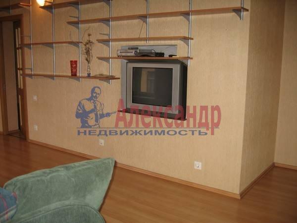 2-комнатная квартира (100м2) в аренду по адресу Жуковского ул., 57— фото 4 из 7
