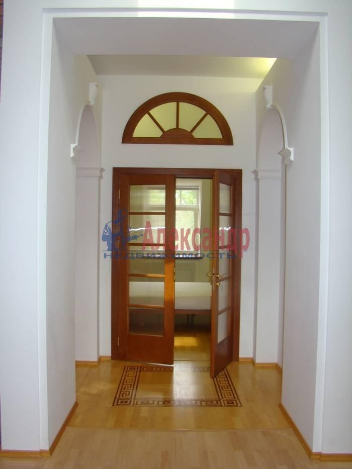 5-комнатная квартира (220м2) в аренду по адресу Крестовский пр., 4— фото 5 из 7
