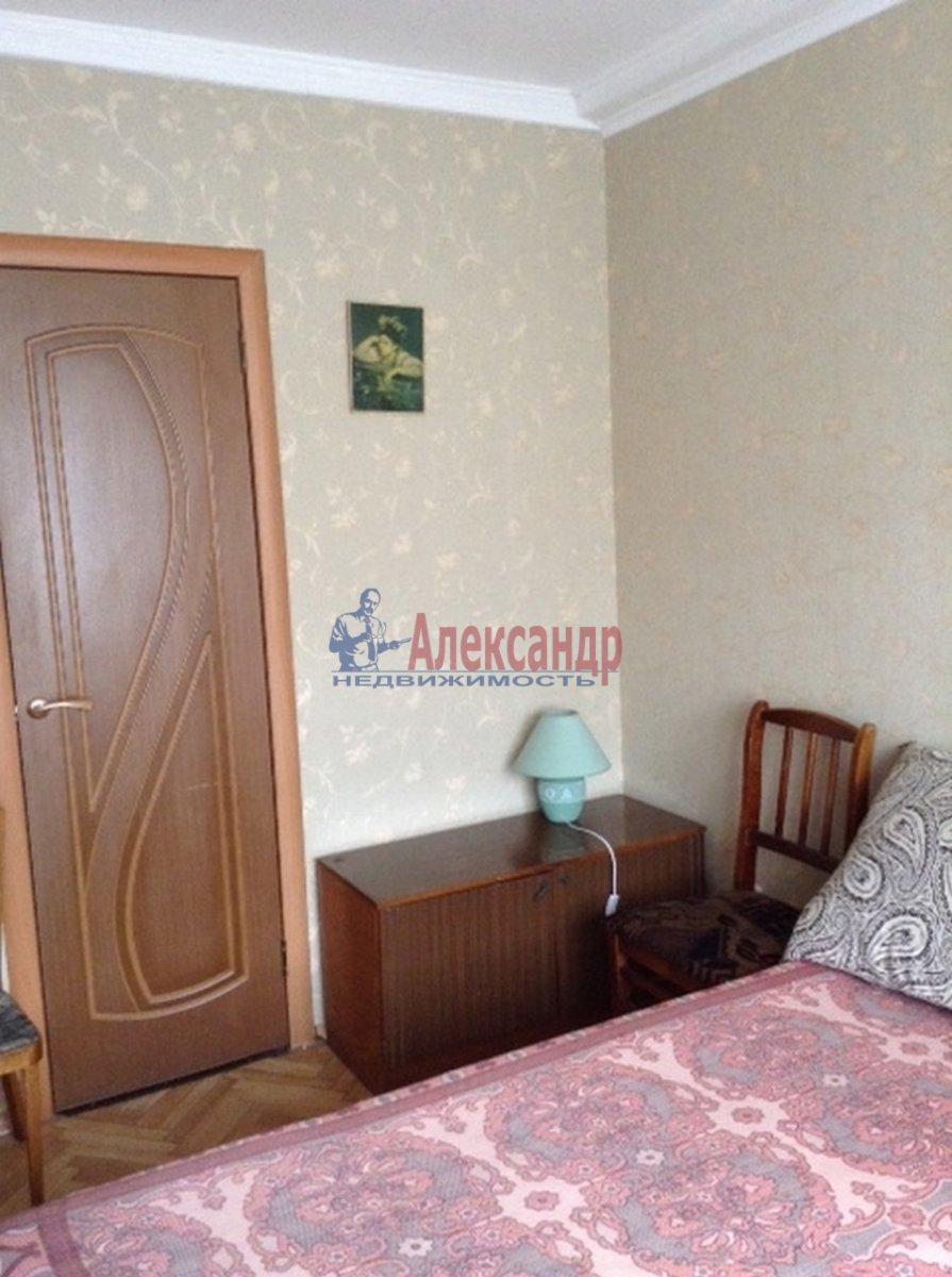 1-комнатная квартира (33м2) в аренду по адресу Бухарестская ул., 15— фото 1 из 9