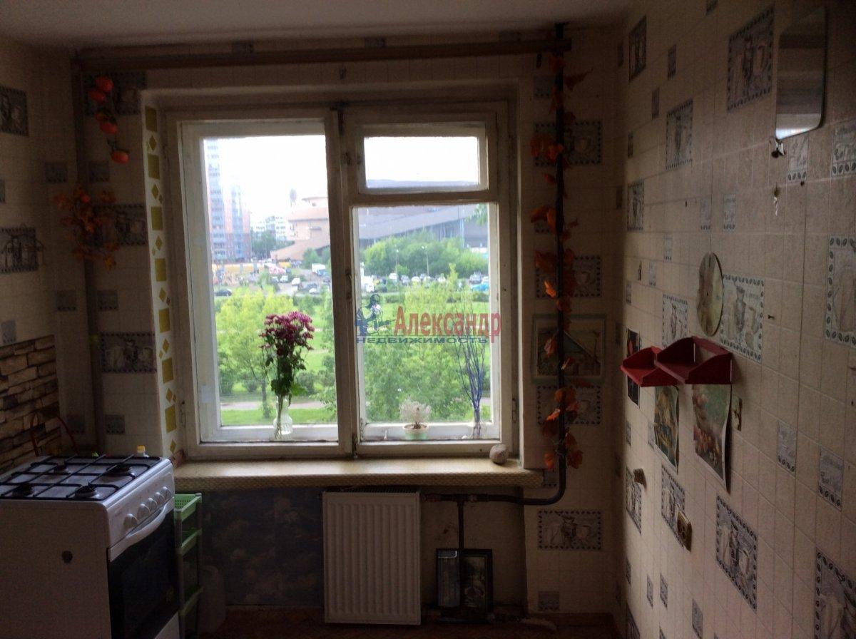 1-комнатная квартира (33м2) в аренду по адресу Турку ул., 11— фото 2 из 4