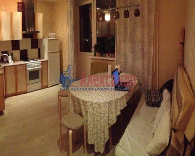 1-комнатная квартира (45м2) в аренду по адресу Орджоникидзе ул.— фото 2 из 2