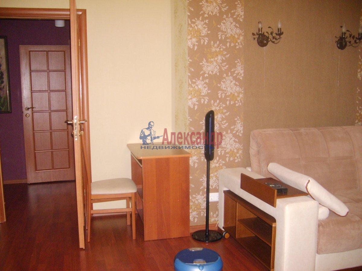 1-комнатная квартира (38м2) в аренду по адресу 18 линия В.О., 23— фото 3 из 3
