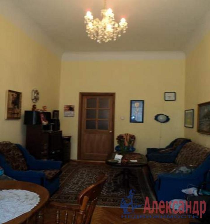 2-комнатная квартира (71м2) в аренду по адресу Большая Пушкарская ул., 11— фото 1 из 2