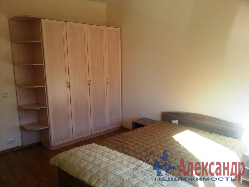 2-комнатная квартира (57м2) в аренду по адресу Науки пр., 17— фото 2 из 10