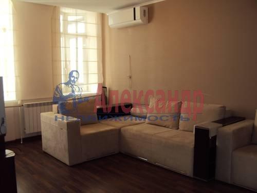 2-комнатная квартира (70м2) в аренду по адресу Тверская ул., 6— фото 2 из 10