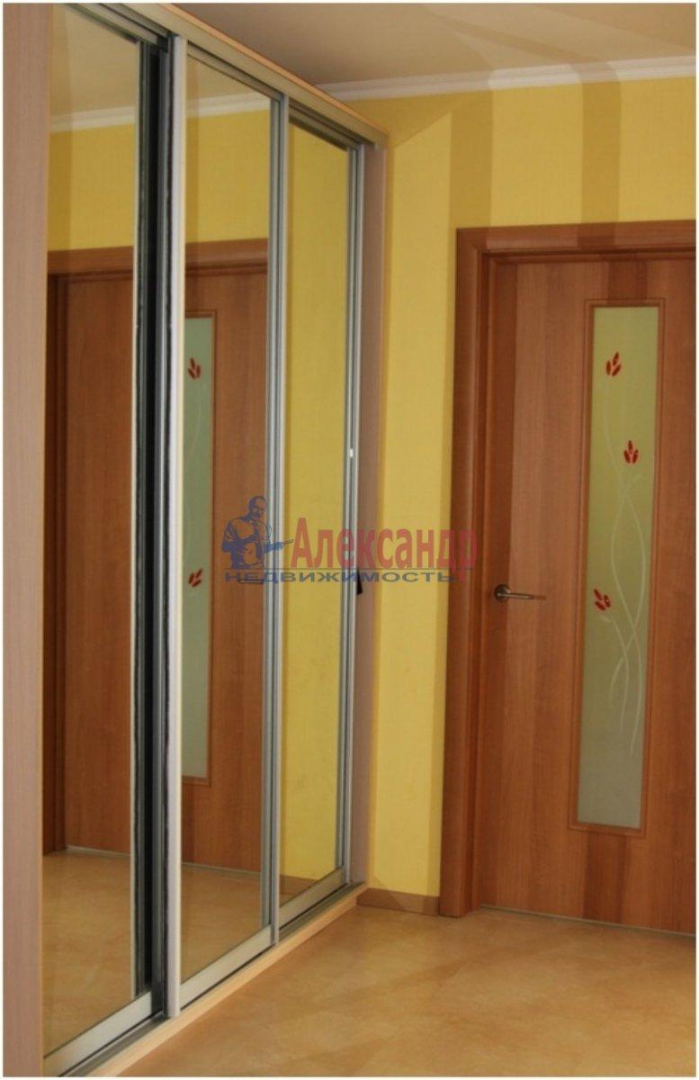 1-комнатная квартира (40м2) в аренду по адресу Кубинская ул., 60— фото 2 из 5