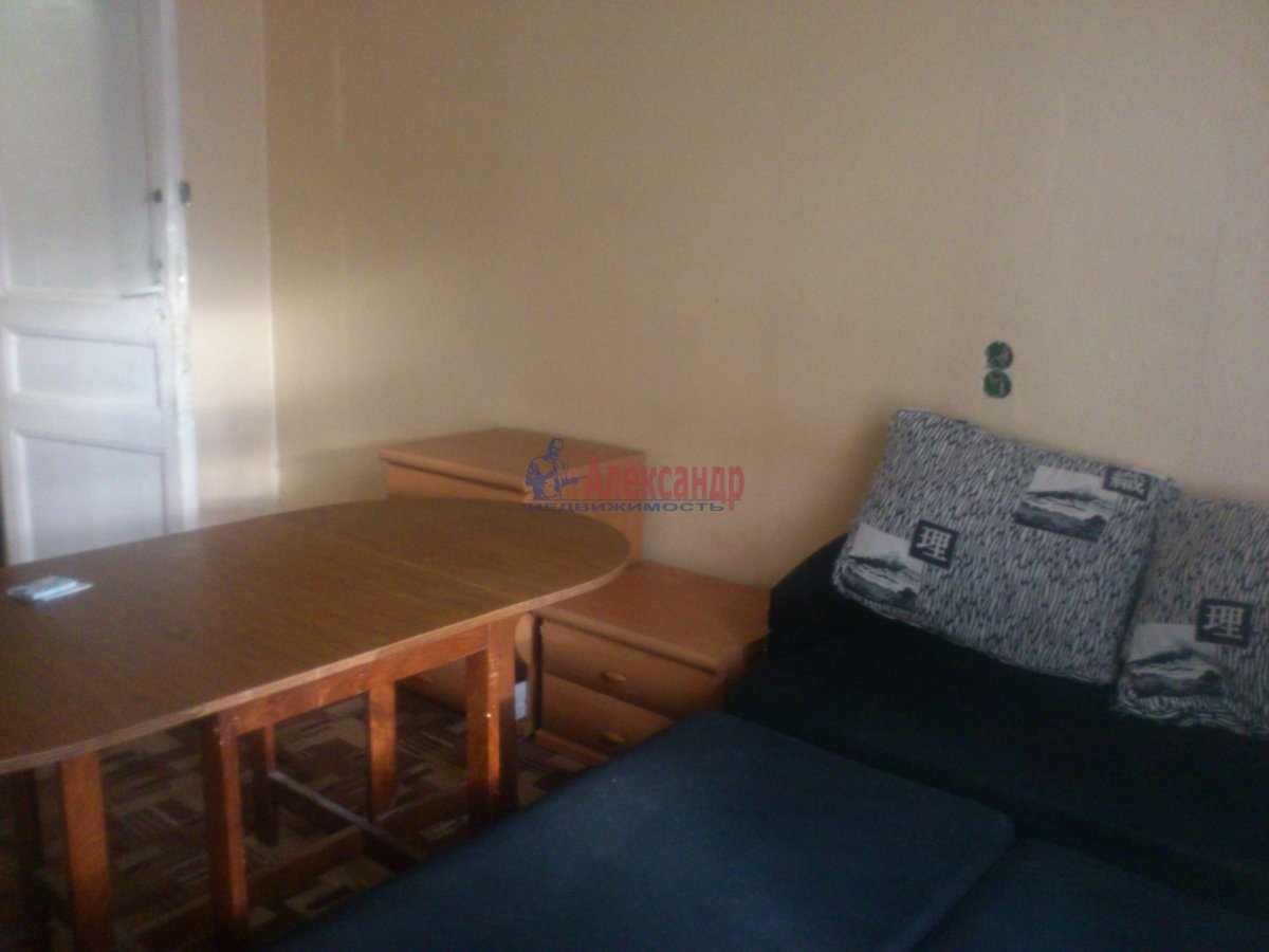 Комната в 3-комнатной квартире (80м2) в аренду по адресу Московский пр., 61— фото 1 из 13