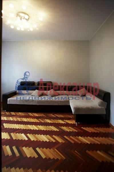 4-комнатная квартира (90м2) в аренду по адресу Загородный пр.— фото 16 из 17