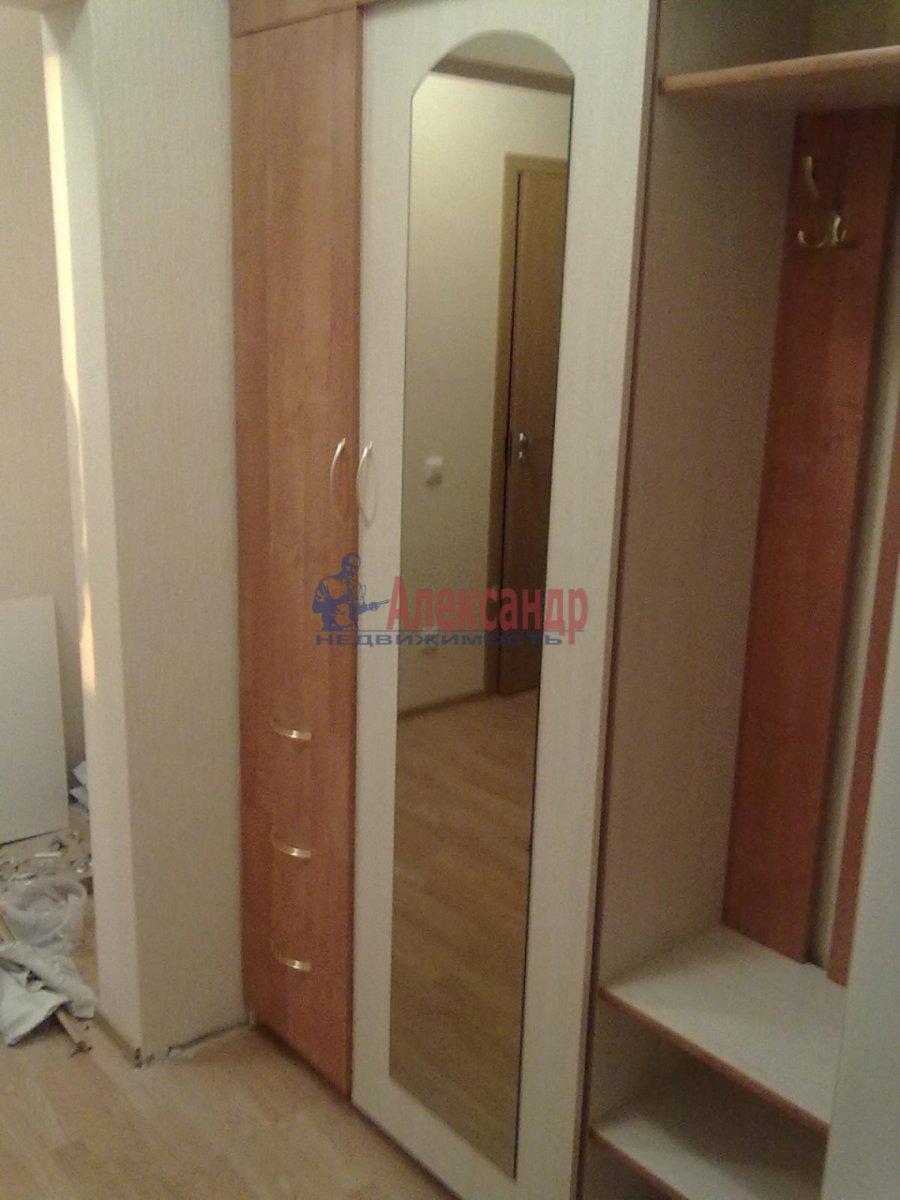 1-комнатная квартира (35м2) в аренду по адресу Резная ул., 6— фото 3 из 6