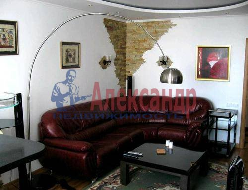 2-комнатная квартира (80м2) в аренду по адресу Английская наб., 32— фото 6 из 6