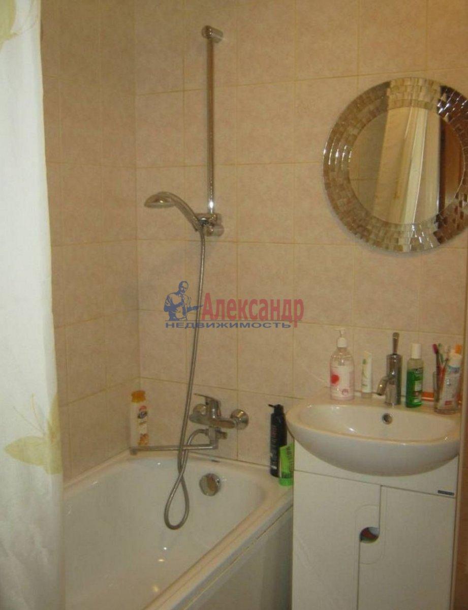 2-комнатная квартира (68м2) в аренду по адресу Малый В.О. пр., 12— фото 4 из 4