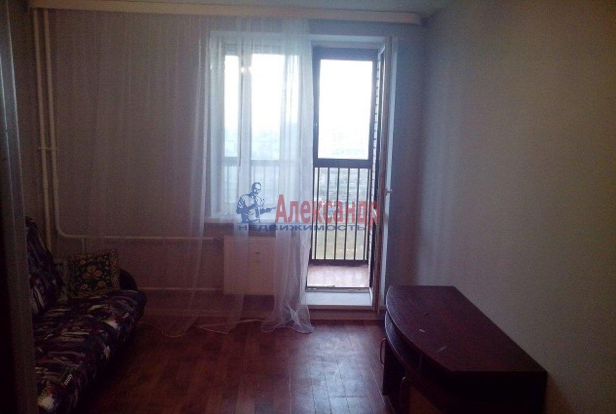1-комнатная квартира (37м2) в аренду по адресу Михаила Дудина ул., 1— фото 3 из 6