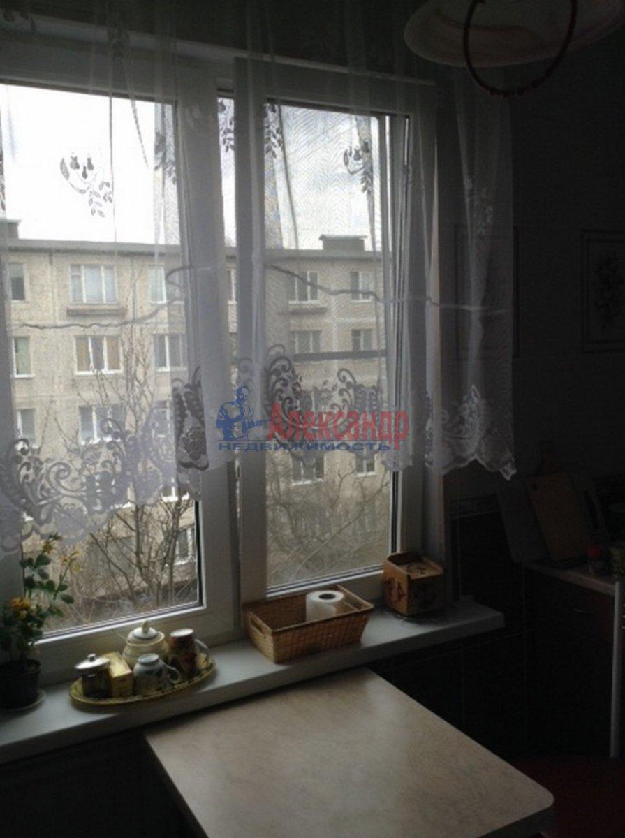 1-комнатная квартира (33м2) в аренду по адресу Бухарестская ул., 15— фото 2 из 9