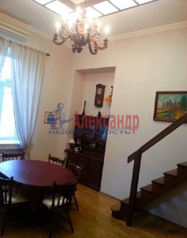 2-комнатная квартира (47м2) в аренду по адресу Рубинштейна ул., 15— фото 2 из 9