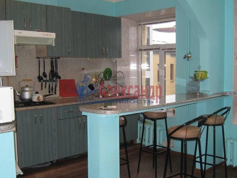 3-комнатная квартира (90м2) в аренду по адресу Фурштатская ул., 16— фото 2 из 6