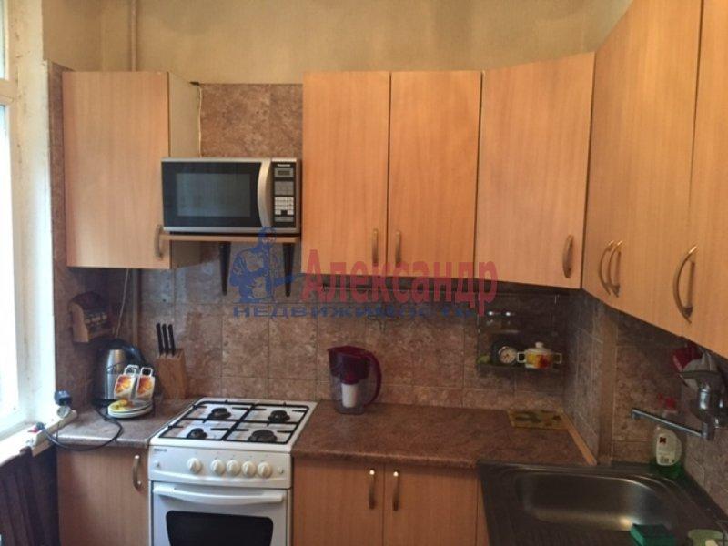 1-комнатная квартира (35м2) в аренду по адресу Славы пр., 30— фото 4 из 5