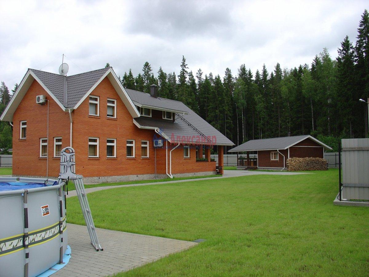 Дом (250м2) в аренду — фото 1 из 7