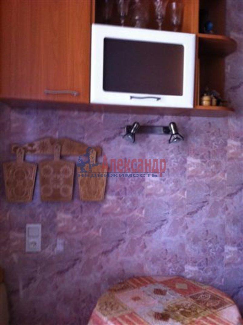 1-комнатная квартира (40м2) в аренду по адресу Новоизмайловский пр., 75— фото 5 из 6