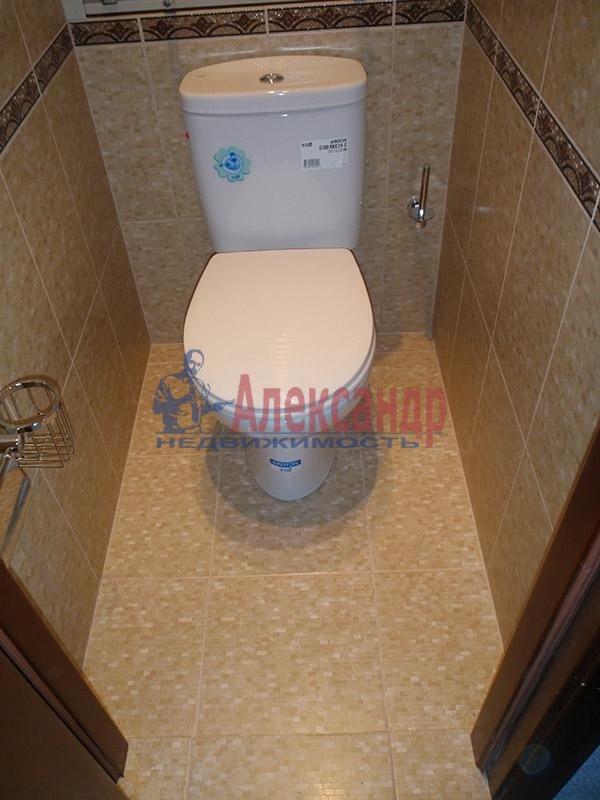 1-комнатная квартира (38м2) в аренду по адресу Тореза пр., 38— фото 3 из 4