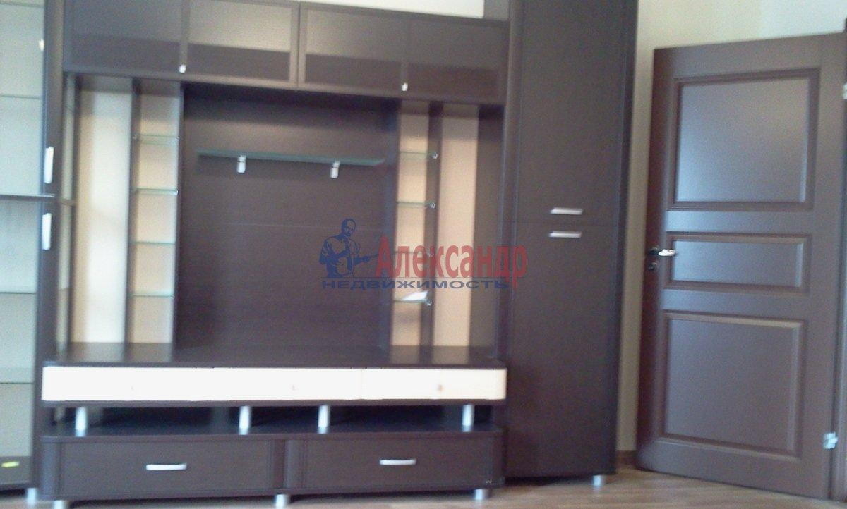 2-комнатная квартира (68м2) в аренду по адресу Железнодорожный пер., 8— фото 4 из 10