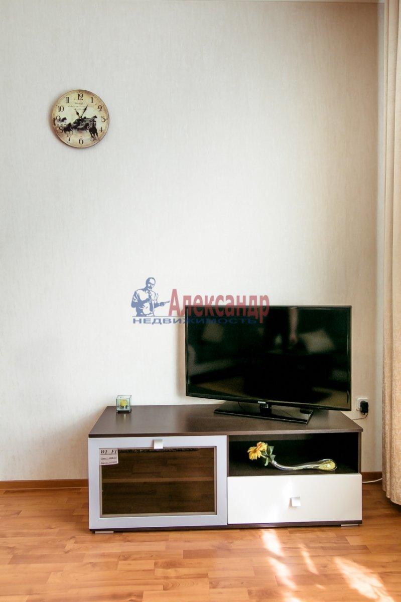 2-комнатная квартира (65м2) в аренду по адресу Алтайская ул., 11— фото 24 из 26