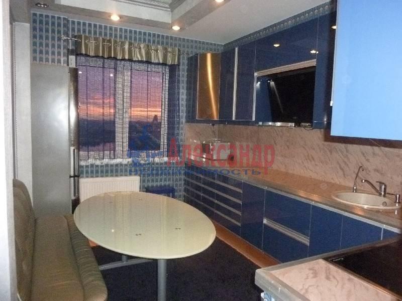 3-комнатная квартира (80м2) в аренду по адресу Димитрова ул., 39— фото 2 из 5
