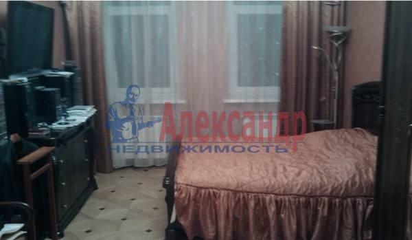 4-комнатная квартира (140м2) в аренду по адресу Большой пр., 82— фото 2 из 5