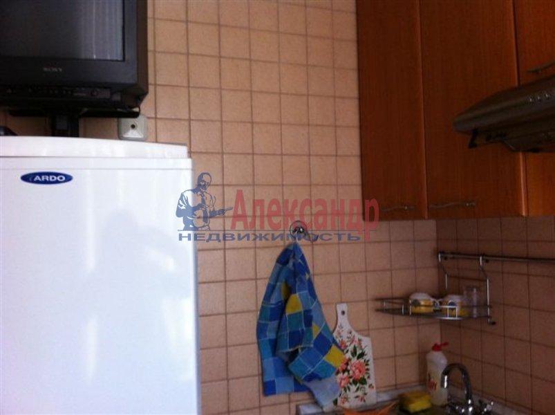 1-комнатная квартира (40м2) в аренду по адресу Новоизмайловский пр., 75— фото 6 из 6