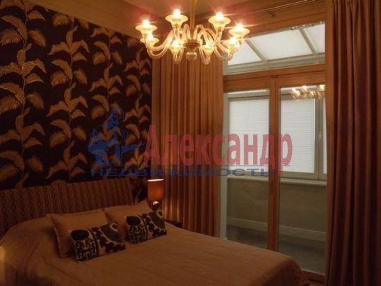 2-комнатная квартира (80м2) в аренду по адресу Вязовая ул., 10— фото 8 из 11