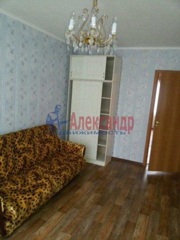 Комната в 4-комнатной квартире (77м2) в аренду по адресу Будапештская ул., 63— фото 2 из 6