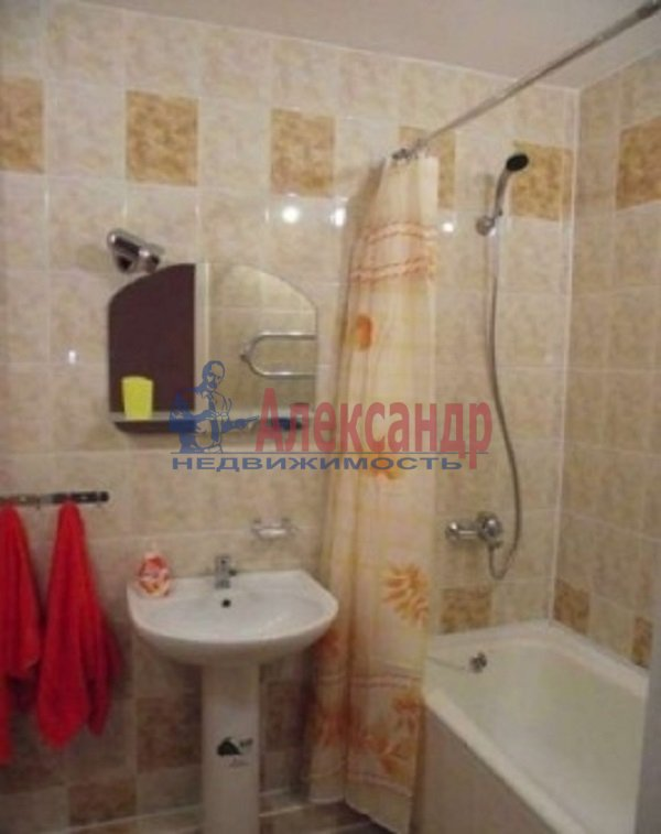 1-комнатная квартира (32м2) в аренду по адресу Серебристый бул., 5— фото 4 из 4