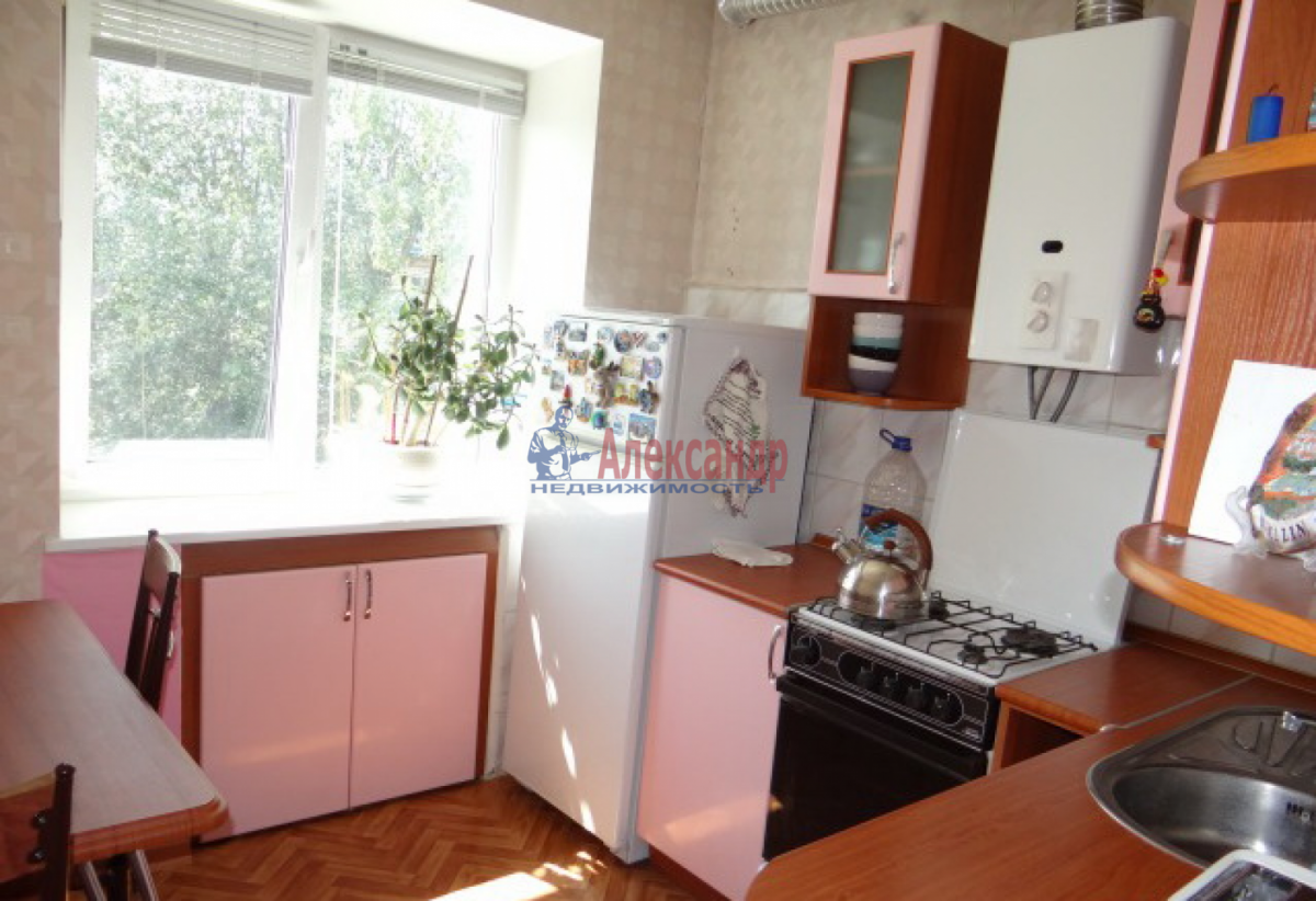 1-комнатная квартира (38м2) в аренду по адресу Дачный пр., 19— фото 2 из 4