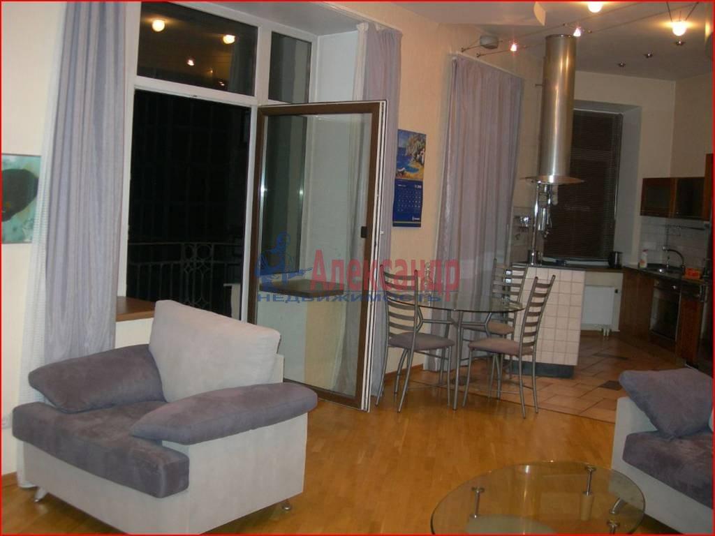 3-комнатная квартира (100м2) в аренду по адресу Большая Посадская ул., 14— фото 1 из 7