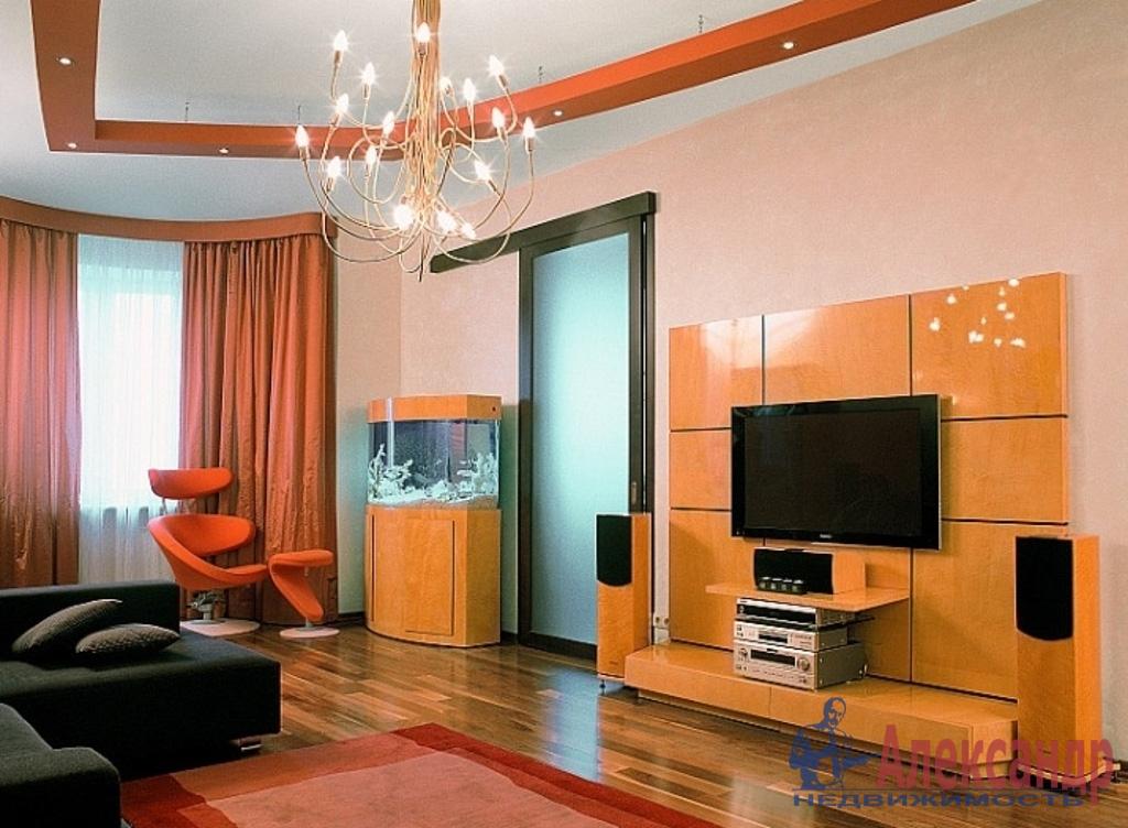 3-комнатная квартира (123м2) в аренду по адресу Малодетскосельский пр., 28— фото 1 из 4