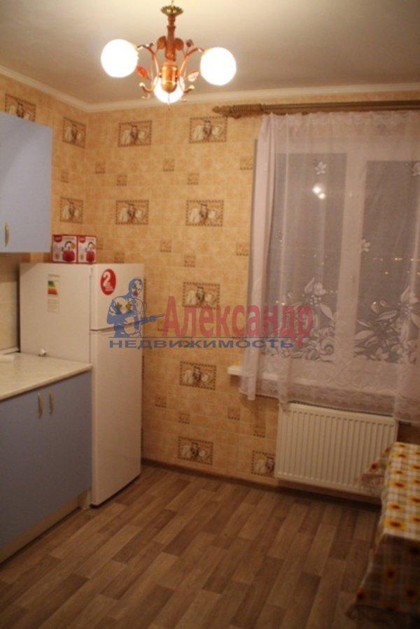 1-комнатная квартира (40м2) в аренду по адресу Сиреневый бул., 25— фото 2 из 5