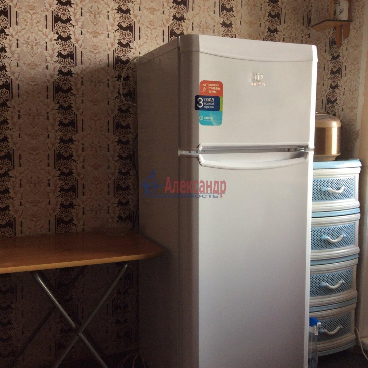 Комната в 5-комнатной квартире (100м2) в аренду по адресу Есенина ул., 30— фото 2 из 11