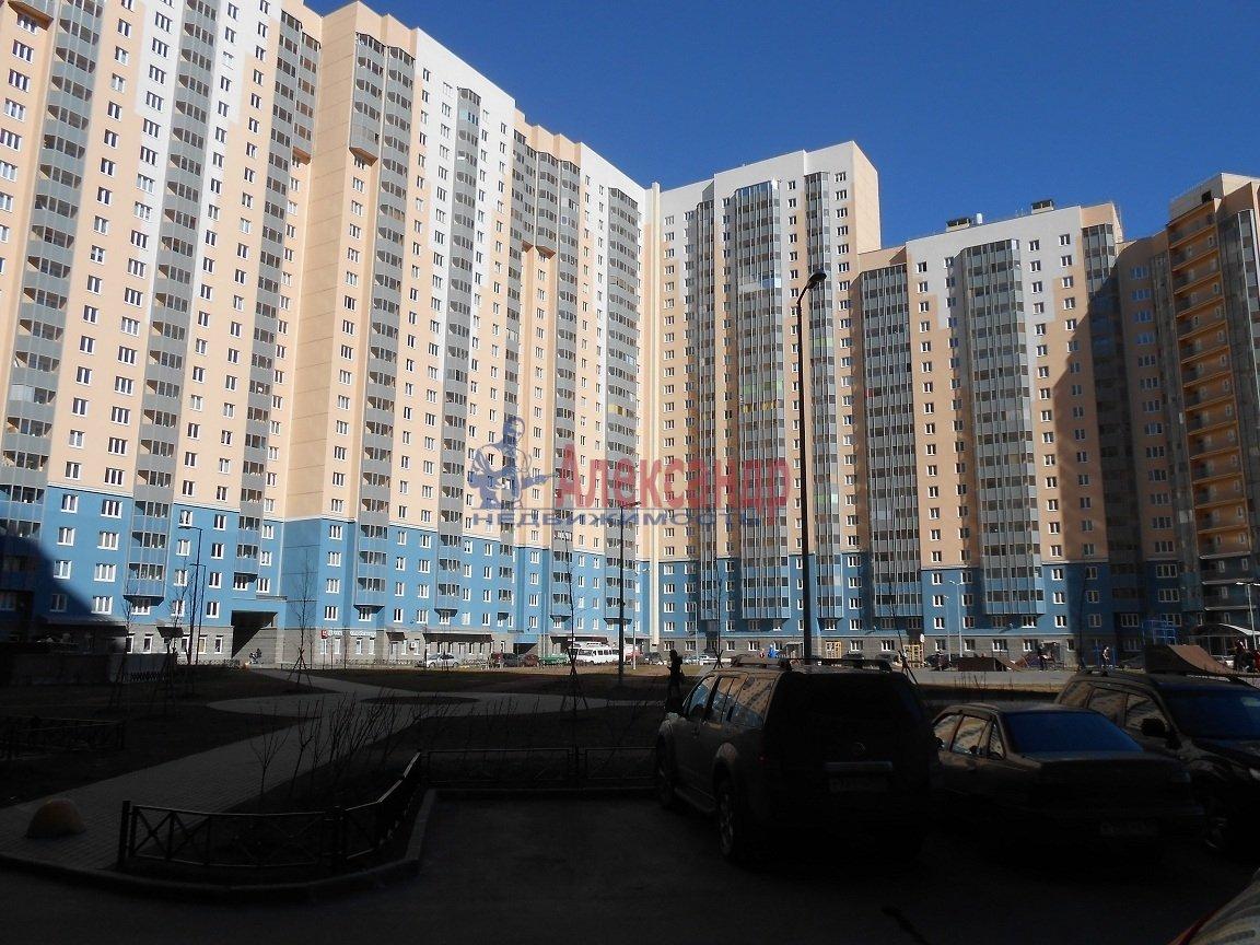 1-комнатная квартира (36м2) в аренду по адресу Коллонтай ул., 5— фото 1 из 9