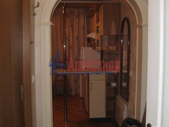 1-комнатная квартира (55м2) в аренду по адресу 2 Никитинская ул., 53— фото 2 из 10