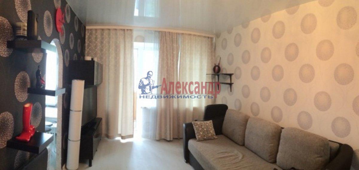 1-комнатная квартира (36м2) в аренду по адресу Учительская ул., 18— фото 1 из 3