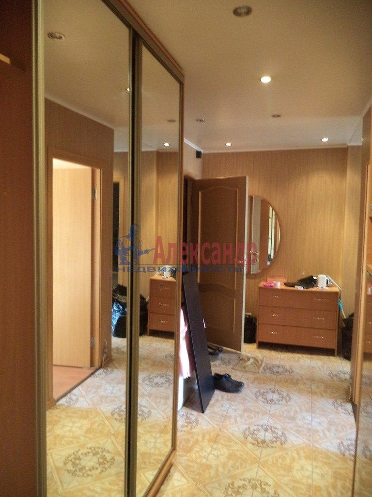 1-комнатная квартира (35м2) в аренду по адресу Большеохтинский пр., 1— фото 1 из 1