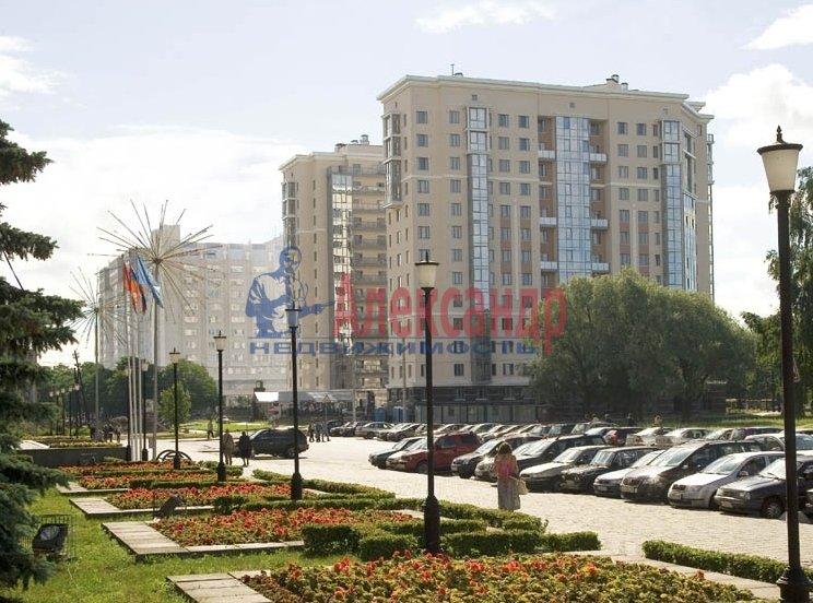 Комната в 3-комнатной квартире (101м2) в аренду по адресу Савушкина ул., 77— фото 2 из 2