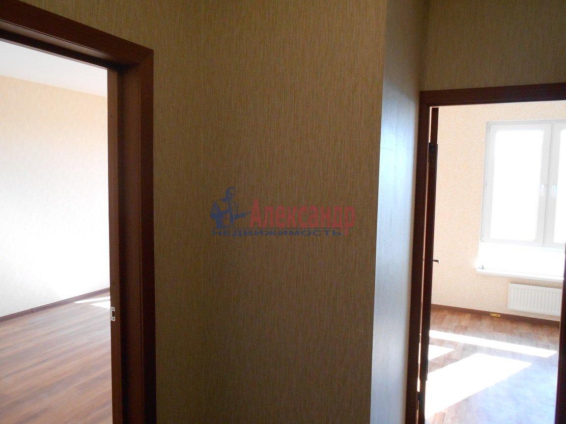 1-комнатная квартира (36м2) в аренду по адресу Коллонтай ул., 5— фото 2 из 9