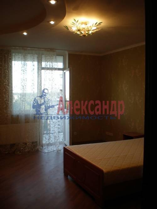 3-комнатная квартира (87м2) в аренду по адресу Туристская ул., 36— фото 3 из 8